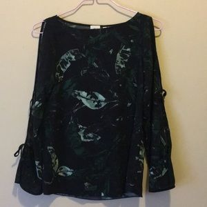 Aritzia Wilfred Pozzi blouse in leaf print